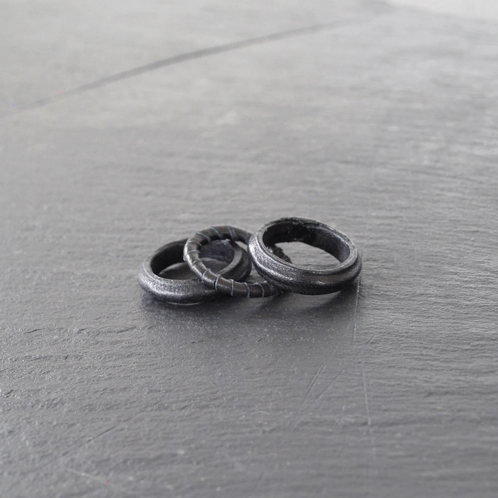 PLAIN-ring-black-3