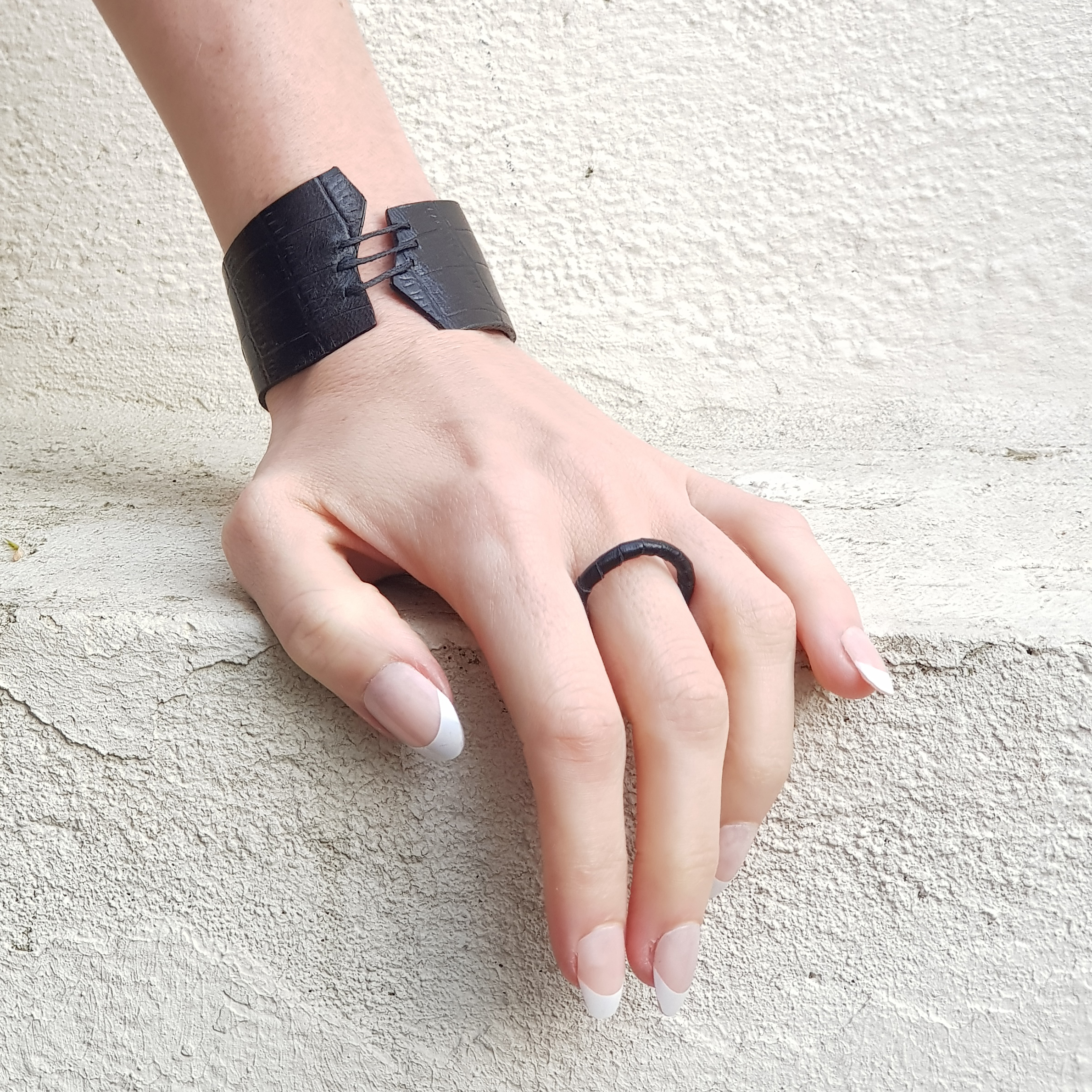 Black Leather laced Ring for woman in upcycled leather  ABIME